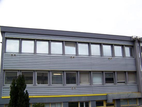 Pose de film vitre teinté bâtiment de protection solaire